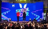 """Yuno Bigboi, Ricky Star, Uni5 mang loạt hit triệu view """"đột kích"""" các trường đại học"""