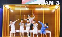 Ali Hoàng Dương đồng cảm với cầu thủ nhí khó khăn, tiết lộ từng phải thay gia đình trả nợ