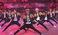 NCT 127 đưa rồng lên sân khấu, trình diễn bài hát chưa phát hành trong concert trực tuyến