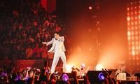 """Sơn Tùng M-TP đưa """"Sky Tour Movie"""" lên Netflix của hơn 190 nước với 10 lựa chọn ngôn ngữ"""