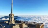 """Cả một """"biển mây"""" bồng bềnh đang chờ bạn """"check-in"""" trong mùa đẹp nhất năm ở Sa Pa"""