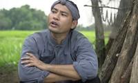 Vào vai chàng Khờ trong phim mới, Huỳnh Đông bị chấn thương gãy tay trên phim trường