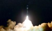 Vụ thử tên lửa mới đây của Triều Tiên được một số phi công của hãng Cathay Pacific nhìn thấy.
