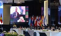 Các nghị sỹ tham dự phiên họp toàn thể về vấn đề an ninh,chính trị.