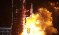 Vệ tinh chuyển tiếp Queqiao đóng vai trọng trong việc chuyển tiếp thông tin từ phi thuyền Thường Nga 4 về trái đất.