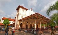 An ninh được thắt chặt tại các nhà thờ xảy ra vụ đánh bom tối Chủ nhật 21/4.