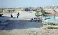 Hình ảnh video cho thấy nhiều tù binh IS vượt ngục.