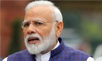 Thủ tướng Narendra Modi đã có biện pháp mạnh mẽ bất ngờ vào ngày 24/3.