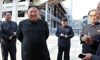 Nhà lãnh đạo Triều Tiên Kim Jong-un xuất hiện tại lễ khai trương nhà máy phân bón ở Suchon.
