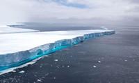 Tảng băng trôi khổng lồ có diện tích bằng một quốc gia nhỏ giờ đã tan chảy hoàn toàn.