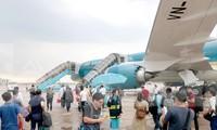 Các hãng hàng không Việt Nam đồng loạt dừng khai thác nhiều đường bay đi/đến Hàn Quốc, do lượng hành khách đi lại giữa 2 nước giảm mạnh. Ảnh minh họa.