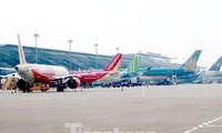 Các hãng hàng không vẫn chưa được phép mở lại các đường bay nội địa, trừ trục Bắc - Nam.