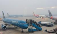 Sáng 8/3, do ảnh hưởng của sương mù, sân bay Nội Bài đã phải tạm đóng cửa. Ảnh: ZingNews