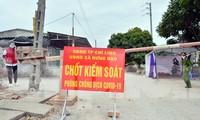 Chốt kiểm soát phòng chống dịch bệnh COVID-19 tại TP Chí Linh - Hải Dương. Ảnh: Nguyễn Hoàn