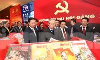 Bên trong Trung tâm báo chí phục vụ Đại hội XIII của Đảng