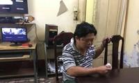 Đối tượng Quang bị công an bắt giữ sau khi đâm chết người