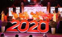 Dạ hội thanh niên mừng năm mới 2020, do Tỉnh Đoàn TT-Huế tổ chức, đầy ấn tượng, sắc màu.