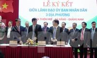 Quang cảnh buổi lễ ký kết cùng liên kết hành động phục hồi và phát triển du lịch 3 địa phương TT-Huế - Đà Nẵng - Quảng Nam. Ảnh: Ngọc Văn