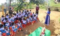 Cô trò điểm trường Tắc Pổ trong Lễ khai giảng năm học mới. ảnh P. T