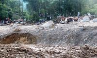 Hiện trường sạt lở kinh hoàng tại làng ông Đề, thôn 1 xã Trà Leng, huyện Nam Trà My, Quảng Nam.