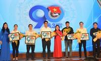 Nhiều tập thể, cá nhân nhận Bằng khen, tuyên dương tại Lễ kỷ niệm 90 năm Ngày Thành lập Đoàn TNCS Hồ Chí Minh.