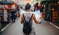 """Blogger du lịch nổi tiếng gây bất bình khi gọi Singapore là """"một thành phố của Malaysia"""""""