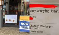 """Nhân viên nhà hàng gọi khách là """"người châu Á khó ưa"""", quản lý còn đăng lên mạng khoe"""