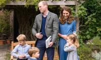Những bức ảnh cho thấy cách nuôi dạy con tuyệt vời của Hoàng tử William và Công nương Kate