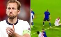 """Cổ động viên Ý chỉ rõ Harry Kane đã """"ăn vạ"""", định kiếm penalty trong trận chung kết EURO"""