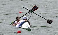 Đội chèo thuyền đôi nam của Na Uy bị lật thuyền tại Olympic Tokyo, VĐV phải chờ giải cứu
