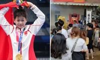 """VĐV Trung Quốc 14 tuổi ở Olympic Tokyo khổ vì bị làm phiền: """"Fan"""" ăn trộm cả mít nhà VĐV"""