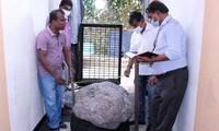 Nhóm người đào giếng ở Sri Lanka thấy tảng đá lạ, không ngờ nó có giá hàng nghìn tỷ đồng