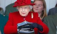 Vì sao các thành viên Hoàng gia Anh không mang theo tiền mặt, trừ một thành viên đặc biệt?