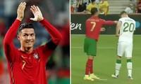 """Cristiano Ronaldo có nên bị phạt vì """"đánh"""" cầu thủ Ireland trong trận vòng loại World Cup?"""