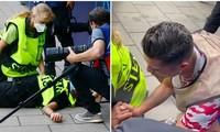 Góc quay khác cho thấy hành động của Cristiano Ronaldo với nhân viên bị anh sút trúng đầu
