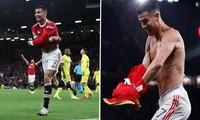 """Tiết lộ tin nhắn của Cristiano Ronaldo sau khi ghi bàn """"cứu"""" M.U: Thể hiện tinh thần thép"""