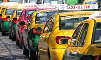 Chú ý: Khách du lịch khi đi taxi ở Bangkok từ nay sẽ phải trả thêm tiền cho cả hành lý