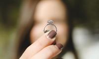 Chiếc nhẫn bị đánh mất