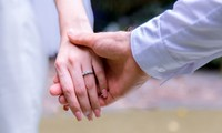 Kết hôn ngay lần gặp đầu tiên