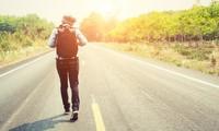 Đi trên con đường của mình