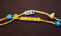 Ông Joe Biden từng tặng chiếc vòng ghép hai cái tên này cho ai mà khiến netizen ngưỡng mộ?