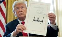 Hóa ra chữ ký của Tổng thống Trump có thể giải thích về tính cách của ông thế này đây