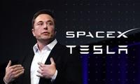 Elon Musk: Từ cậu học sinh chuyên bị bắt nạt ở trường đến người đàn ông giàu nhất thế giới
