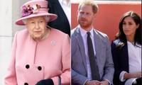 """Người Anh được kêu gọi """"đứng lên vì Nữ hoàng"""", Meghan Markle bị đặt biệt danh mới"""