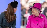 Meghan được so sánh với Công nương Diana nhưng Kate Middleton lại là người giống Nữ hoàng