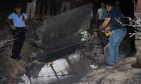 Một mảnh của tên lửa rơi xuống đảo Síp. Ảnh: Twitter