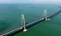 Cầu vượt biển cầu Hồng Kông – Chu Hải – Ma Cao.