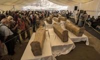 Xác ướp Ai Cập 3000 năm tuổi bất ngờ trồi lên mặt đất, mở quan tài ra vẫn nguyên
