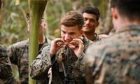 Tập trận Hổ Mang Vàng: Binh sĩ luyện ăn nhện, uống máu rắn