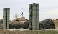 Hệ thống phòng thủ tên lửa tầm xa S-400 của Nga.